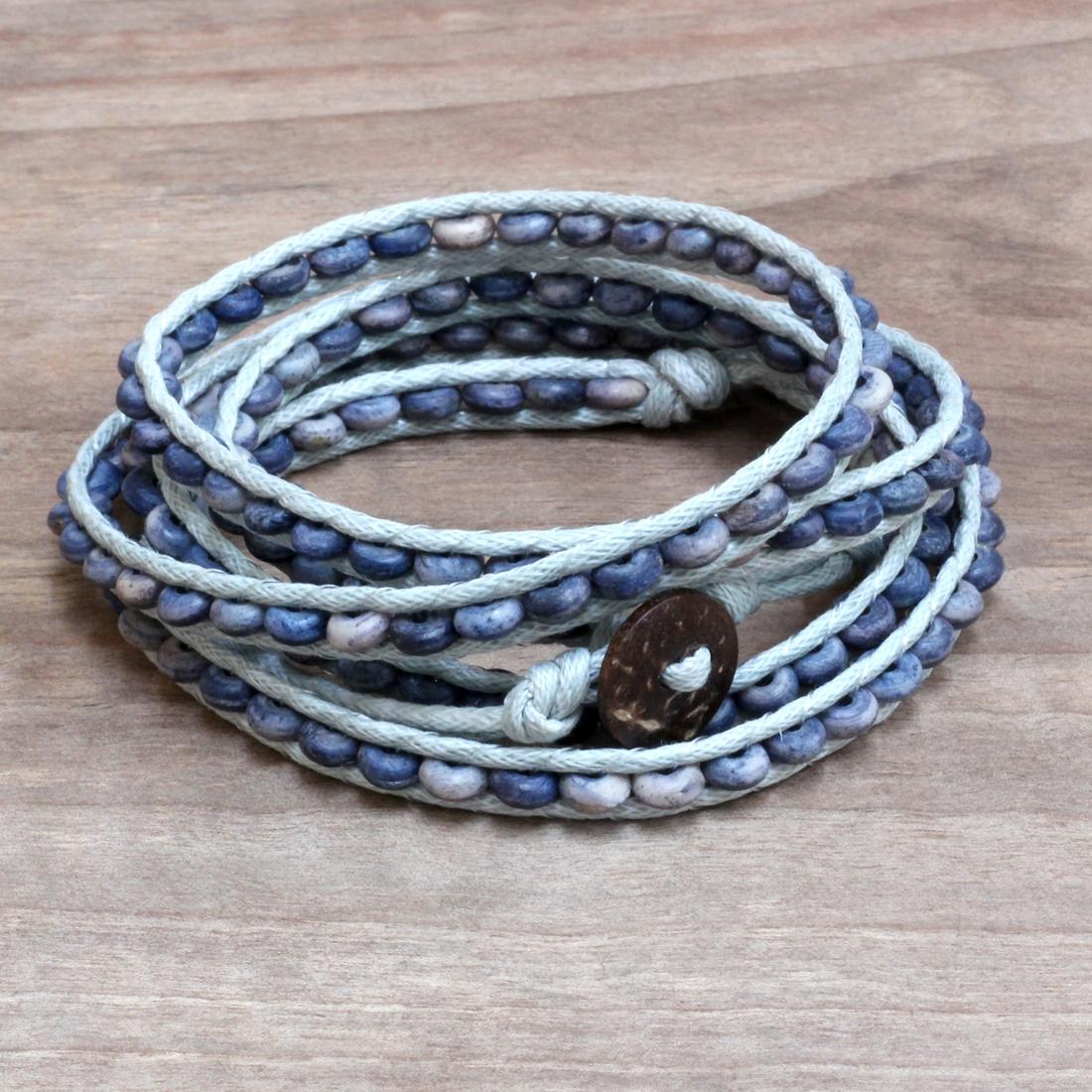 Bracelet lacet bleu et bois