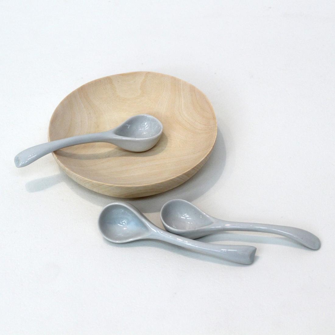 Cuillère en céramique