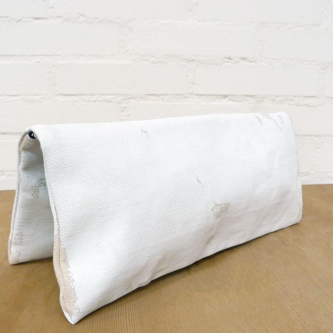 Pochette peinte blanche