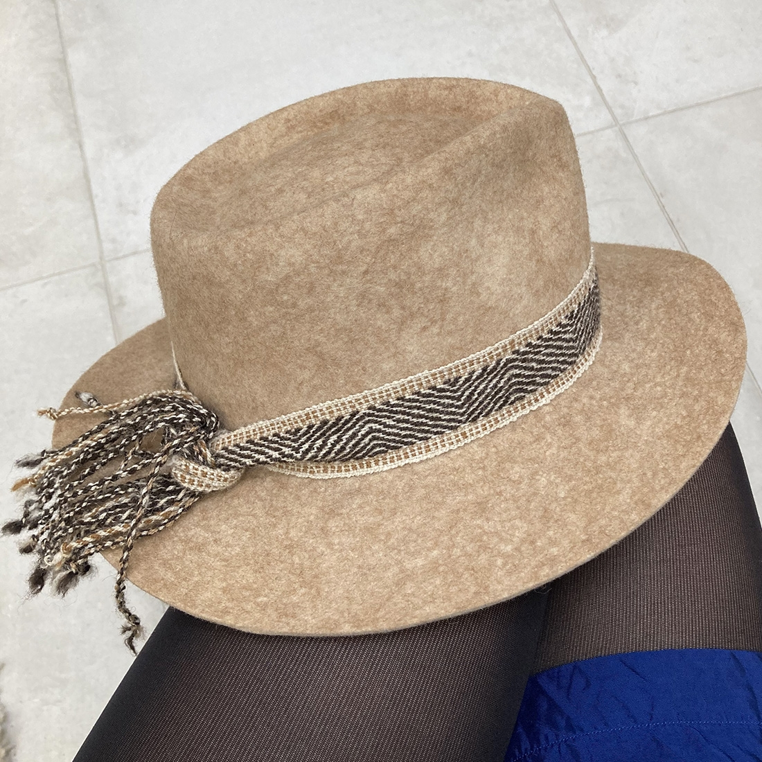 Chapeau bord court en Alpaga - Beige